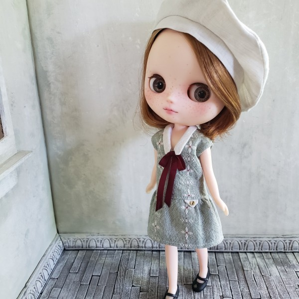 Middie 1920s Dress