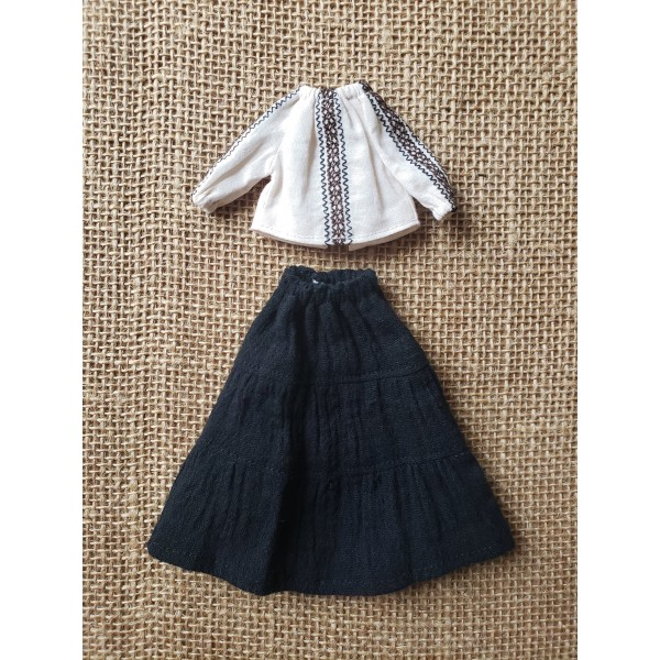 Middie Embroidered Peasant Top and Broomstick Skir...